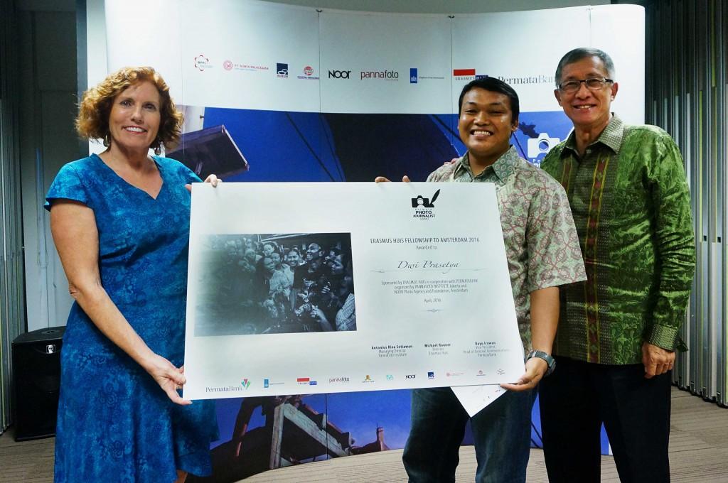 Penerima Erasmus Huis Fellowship to Amsterdam 2016, Dwi Prasetya